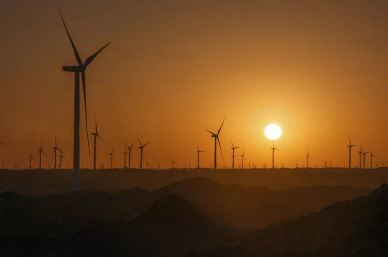 新疆景霞风场美景(组图)、重庆海装风电工程技术有限公司、哈 三